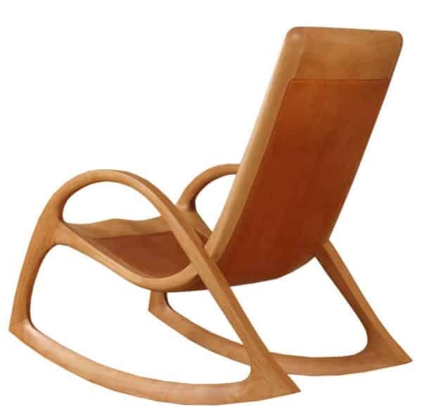 Schaukelstuhl aus Holz mit Ledereinlage, Holzart Buche geölt, Lederfarbe hellbraun