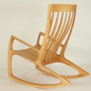 Schaukelstuhl aus Rot - Eiche Massiv - Holz, hier kaufen