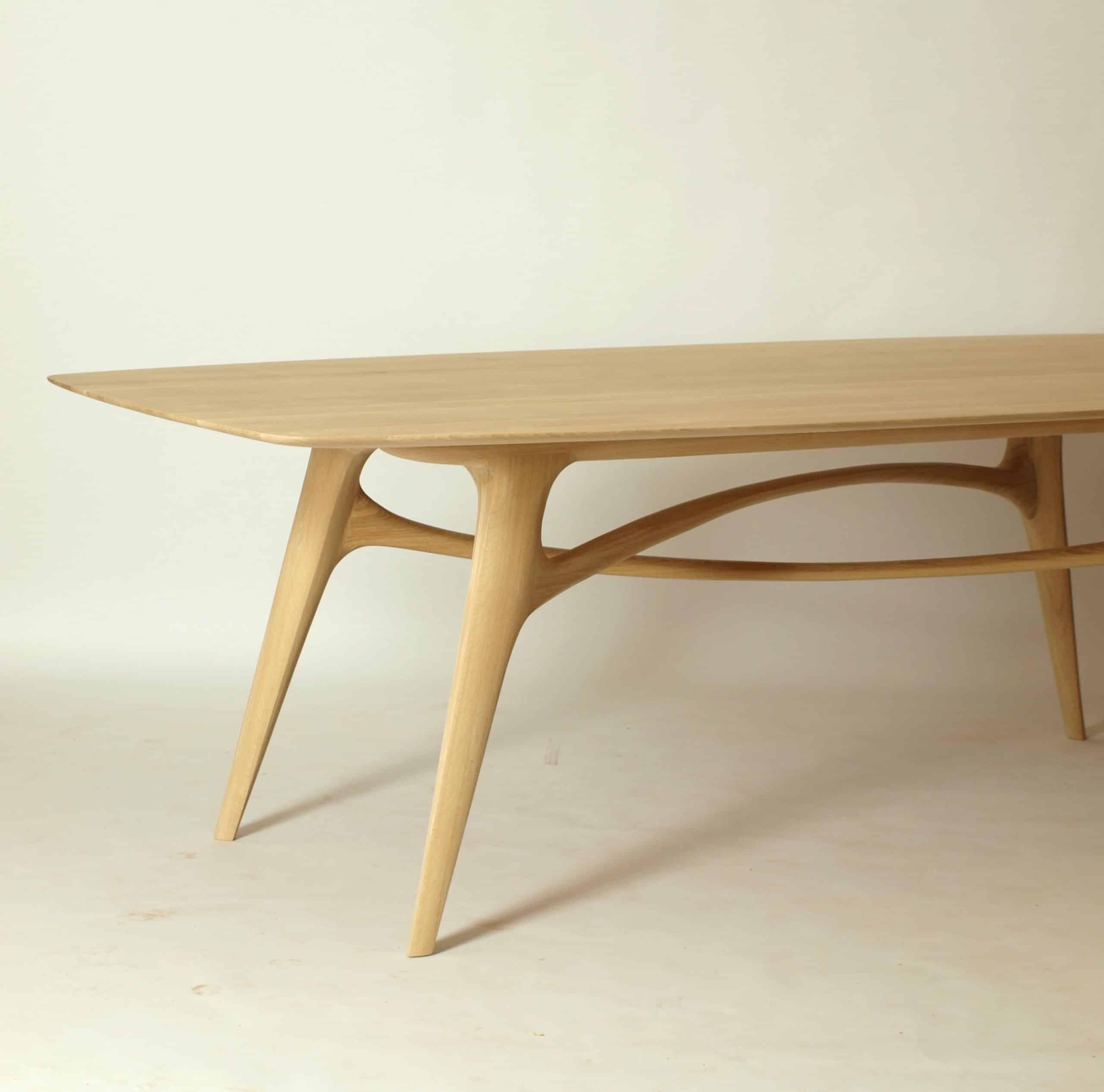 Holztisch aus Eiche, große Tischplatte, Modellauswahl