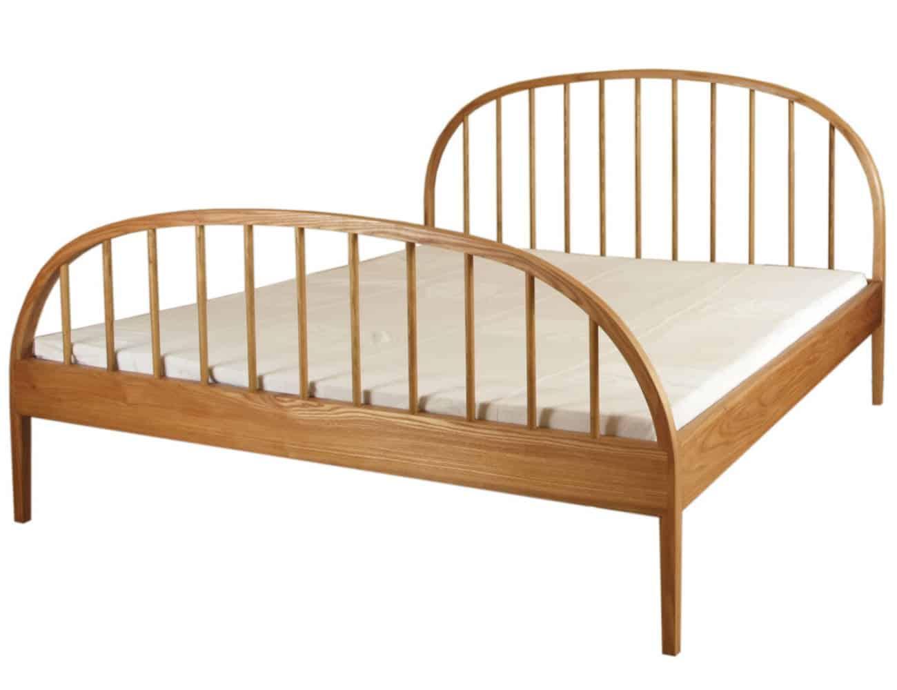 Die Formteile dieses Bettes habe ich mit Hilfe von Dampf gebogen