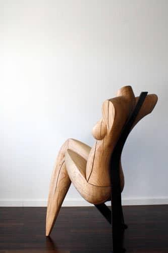Skulptur aus Massiv - Holz Eiche und Stahl